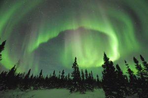 L'aurora boreale è un fenomeno tipico della Scandinavia.