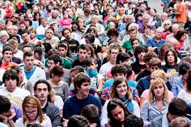 I giovani italiani e la politica: un rapporto ormai compromesso