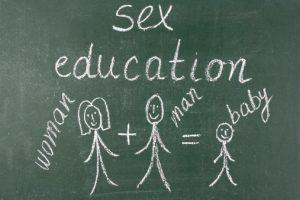 L'educazione sessuale è un argomento sempre più delicato, in un momento cui gli stimoli sessuali abbondano