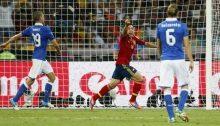 Jordi Alba esulta dopo il suo gol nella finale di Euro 2012 contro l'Italia