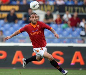 De Rossi in azione con la maglia della Roma